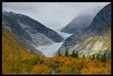 Норвегия, ледник Нигардсбрин, золотая осень.