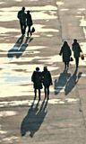 воскресный денек 2 декабря, променад, народ гуляет