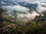 Туманным утром в горах Бурятии.