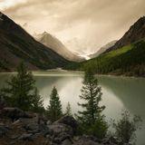 Этого алтайского озера близ ледника Маашей уже нет. Смыло селевым потоком.
