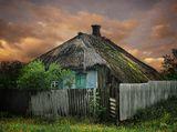 Этот дом построен в 1862 году. В нем до сих пор живут люди...