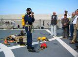 """""""22 июня 2007 года в Таллинн прибыл ракетоносец американских военно-морских сил USS Mahan и был открыт для посещения всеми желающими 23 июня 2007 года."""""""