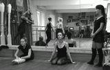 """На занятиях в любительской студии классического танца """"Серебряные нити"""""""