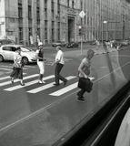 снимала из окна трамвая. штопать пятна на стекле не стала