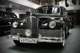 ЗИС-110, легковой автомобиль высшего (представительского) класса, первый советский послевоенный автомобиль.На базе ЗИС-110 было создано несколько модификаций, в том числе автомобиль скорой помощи.