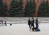 Забавная сценка на Красной площади )