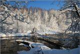 От левитанистой природыДуша восторженно замрёт:В пейзаже речка Истра водыНезамутнённые несёт...(С)