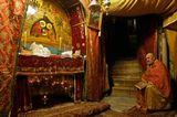Вифлеемская Звезда с 1853 года находится в Гроте Рождения в Храме Рождества Христова в Вифлееме.