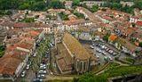 Вид на старый город со стен крепости Каркассон, Франция