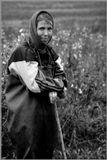 Смоленская область. Деревня Соколово 2006 год. (Кроме нее и мужа других жителей в деревне, которые проживают постоянно, нет)