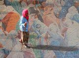 Площадь Джема Эль Фна – самая большая площадь в Африке, ранее использовалась как место казни преступников, от чего получила свое название «площадь мертвых»
