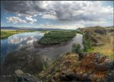 Согласно легенде, Красавица Ангара сбежала от Батюшки Байкала к красавцу Енесею. И не мудрено- он и в самом деле красив! _____________________________ В верховьях реки Енисей. Республика Тыва