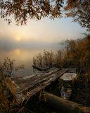 тихое спокойное туманное утро. Панорама из трёх горизонтальных кадров.