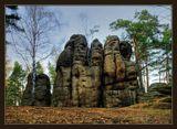 Очень мне понравилась эта работа и место: http://www.lensart.ru/picture-pid-64b9.htm#picture, вот на выходных сама побывала, спасибо Витале!!! ;-)