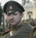 Десятки тысяч нижегородских мужчин не возвратились с фронта Первой мировой войны. Сей скорбный факт крайне негативно отразился на демографической обстановке в регионе...