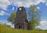 Церковь Николая Чудотворца.Храм был построен в 1842 году,в советское время закрыт и разорён.Тверская область,август 2014.