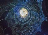 Португалия, Синтра(подземная башня в парке Регалейра)