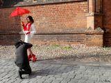 Снято с рук, на улицах Вильнюса у стен костёла св. Анны.