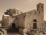 Церковь Богоматери Хрисополитиссы находится в г. Пафос на острове Кипр.Была возведена в XV веке на руинах разрушенной к тому времени византийской базилики