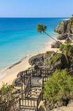 Это небольшой пляж, на месте раскопок г. Тулум, Мексика