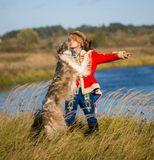 Осенний поцелуй после псовой охоты.