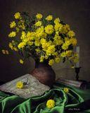 """Классический натюрморт  по мотивам романса Н.Харито """"Отцвели хризантемы"""""""