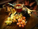 вечерний отдых с виноградом и...