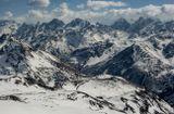 Главный Кавказский хребет, Эльбрус, обсерватория, вершины Ушба, Шхельда, Уллукара, Бжедух, Джантуган, Гумачи, Уллутау...