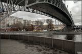 У Патриаршего моста