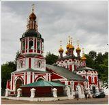 Храм Рождества Христова в Измайлово. Построен в 1676-79 гг. В советское время не закрывался. В нем начинал своё служение известный старец о.Иоанн Крестьянкин