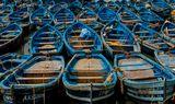 Эс-Сувейра - красивый городок в королевстве Марокко, славится аутентичными синими лодочками.
