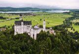 Schloss NeuschwansteinBayernhttps://ru.wikipedia.org/wiki/%D0%9D%D0%BE%D0%B9%D1%88%D0%B2%D0%B0%D0%BD%D1%88%D1%82%D0%B0%D0%B9%D0%BD