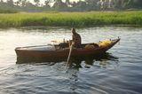 Река Нил На закате  Воды реки используются для орошения и производства электроэнергии. В дельте и долине Нила проживает почти все население и базируется почти вся экономика Египта. Крупнейшими городами являются Каир, Хартум, Асуан, Александрия