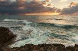 средиземное море, небо, камни, вода, песок, облака, море, пляж, парк, шторм, штиль, национальный парк, израиль, север, закат, солнце, ветер, сильный ветер, большие волны, волна, зима, лето, весна, осень, рассвет, природа, пейзаж,