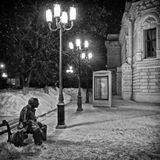 памятник Евгению Евстигнееву около нижегородского театра драмы