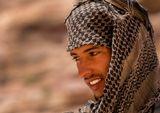 Иордания.Петра. Бедуины считают себя чуть ли не прямыми потомками набатеев, а Петру - своим городом.Всей туристической инфраструктурой в Петре заправляет несколько бедуинских семей.