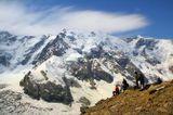 Кавказ. Безенги. Вид на Безенгийскую стену с ребра пика Фрешфильда