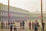 Год 1982, раннее утро праздничного осеннего дня в Венеции, когда поднимают здесь три штандарта - Венеции, Кардинала Венеции и, конечно же - Италии.Скан слайда.