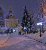 Москва, зима, вечер, храм, снегопад