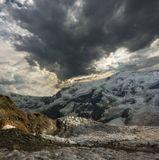 Безенгийский ледник, вершины Шхара (5068м), Джангитау (5000м), Балкария, Кавказские горы...