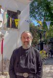 Отец Поликарп ученик старца Паисия Святогорца (монастырь Богородицы Касопитры, Корфу). Единственный монах в монастыре и оченьхороший человек :)