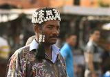 Братство Gnawa – это потомки рабов из Черной Африки, которые создали и развивают в Марокко свое искусство, основанное на смеси африканских и арабо-берберских традиций.