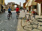 В абсолютно равнинном Римини велосипед — самое распространённое и любимое средство передвижения.