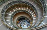 Лестница Браманте-Момо,Ватикан,Италия