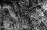 Мультиэкспозиция. Снимки отражений в капотах машин на ул. Малой Морской в г. Санкт-Петербург.