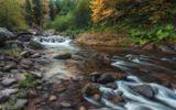 Карачаево-Черкессия. Красивая и дикая горная речка Шантацара - приток Большой Лабы.