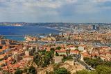 Марсель (Marseille) — второй по населению город во Франции (около 1 млн. жителей)  и крупнейший порт Средиземноморья,  главный город региона Прованс-Альпы-Лазурный берег.
