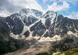 Донгузорун-Чегет-Карабаши или Донгуз-Орун, 4454 м.