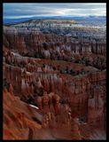 Bryce, Национальный парк Юта США...Рассвет....Необятная Долина каньонов и камней......