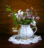 Переснятая при дневном источнике света эта работа http://www.lensart.ru/picture-pid-bc1a.htm...Ребята! Очень интересует Ваше мнение - какая работа лучше!!!